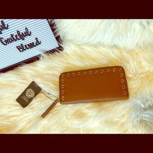 NWT Vince Camuto Areli Leather Wallet